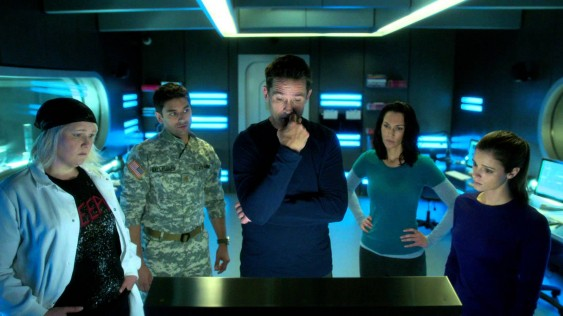 Doreen Boyle, Major Balleseros (Mark Ghanime), Alan Farragut (Billy Campbell), Julia Walker (Kyra Zagorsky) and Sarah Jordan (Jordan Harprer) get ready to do some science on SyFy's new show Helix. Courtesy of SyFy.